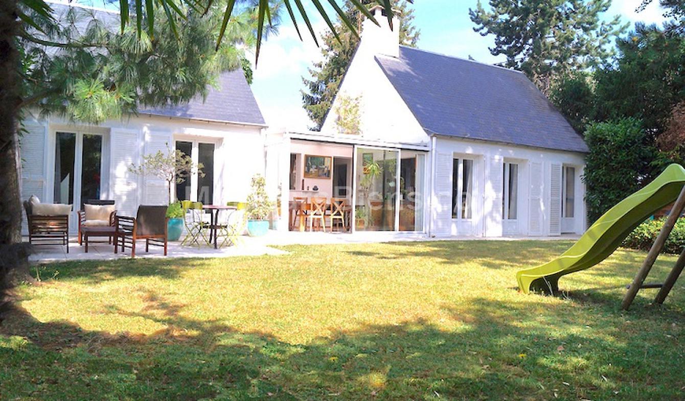 Maison avec terrasse Montlignon