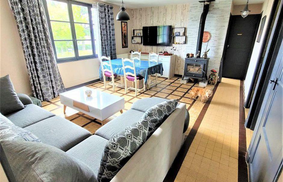 Vente maison 5 pièces 81 m² à Le Pont-Chrétien-Chabenet (36800), 122 000 €