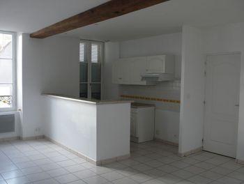 appartement à Léré (18)