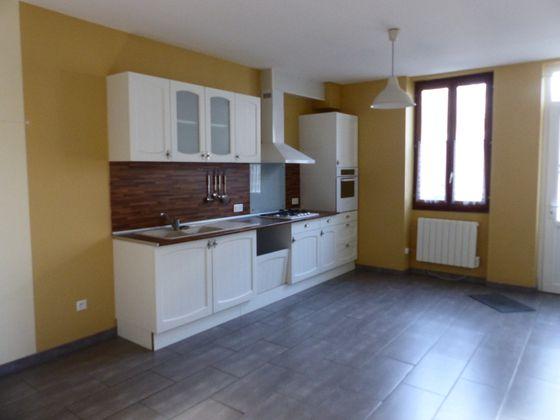 Location maison 4 pièces 106 m2