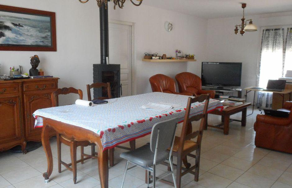 Vente maison 3 pièces 80.03 m² à Almenêches (61570), 145 800 €
