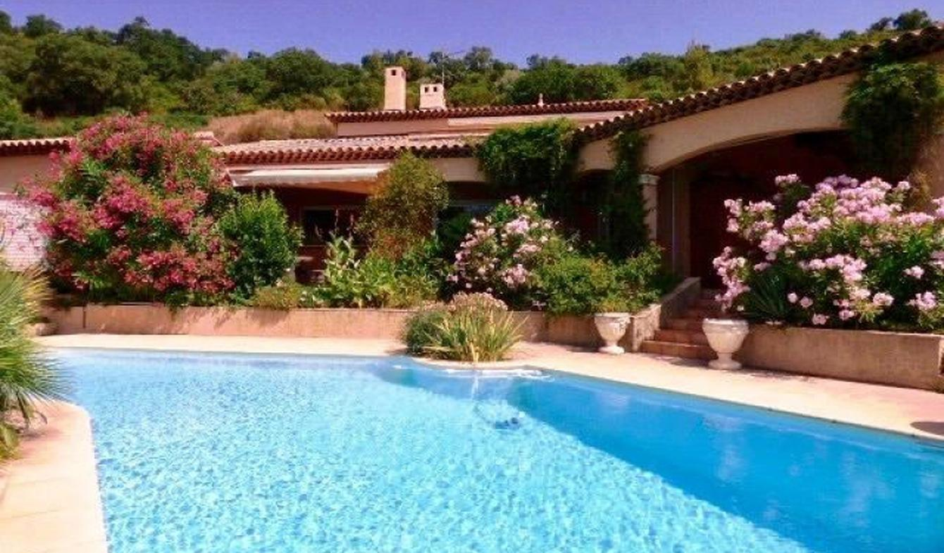 Property with pool La Londe-les-Maures