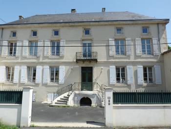 Maison 11 pièces 384 m2