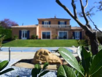 Villa 7 pièces 205 m2