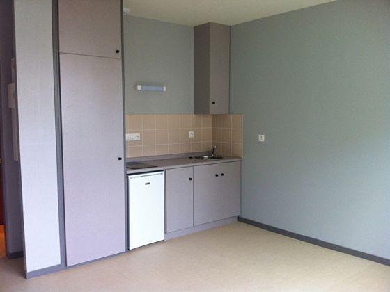 Location studio 24,36 m2