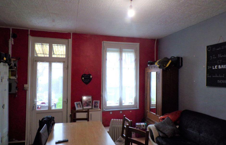 Vente maison 4 pièces 65 m² à Saint-Quentin (02100), 66 900 €