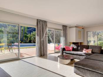 Villa 8 pièces 226,7 m2