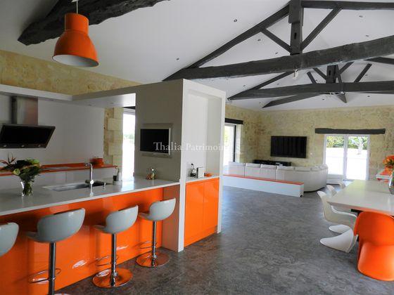 Vente propriété 5 pièces 350 m2