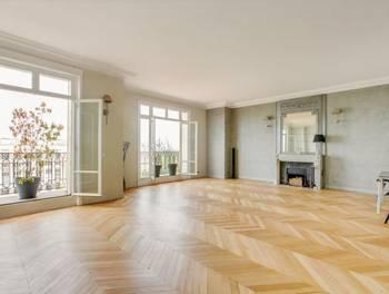 Appartement 9 pièces 302 m2