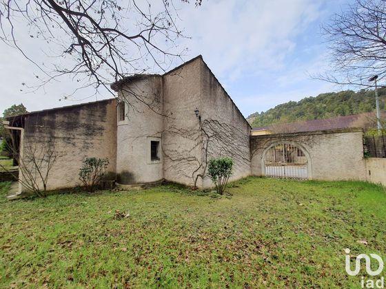 Vente maison 4 pièces 238 m2