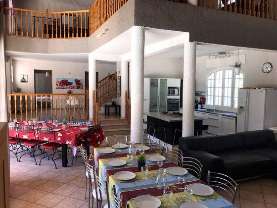 Vente maison 8 pièces 251 m2