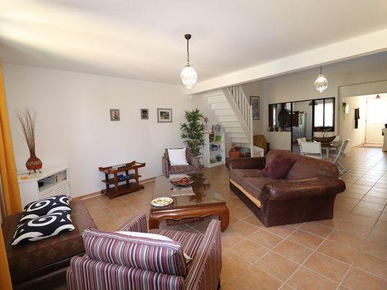 Vente maison 5 pièces 237 m2