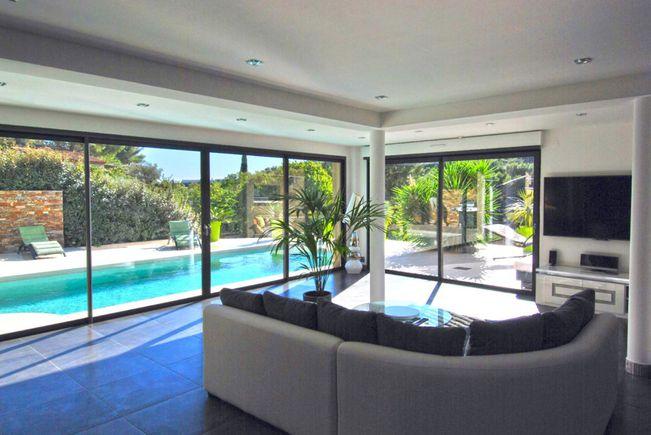 Apartment with Swimming-pool, Bandol