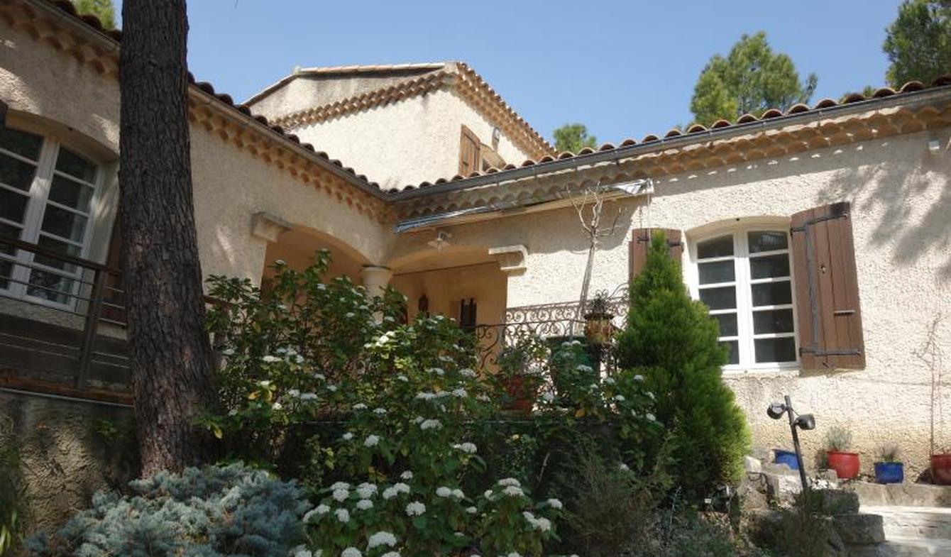 Villa avec piscine et terrasse Grignan