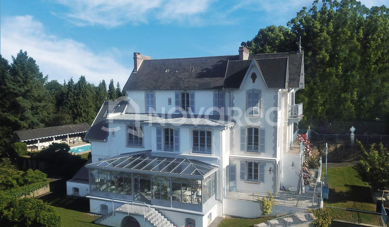 Property with pool Pau