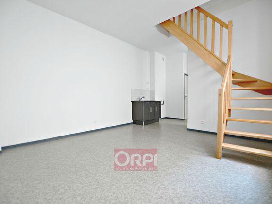 Location appartement 2 pièces 52 m2