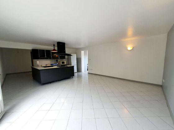 Vente propriété 8 pièces 201 m2