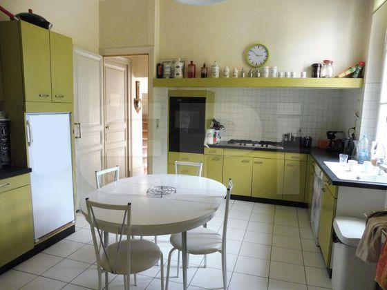 Vente maison 9 pièces 327,44 m2