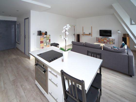 Location appartement meublé 2 pièces 56 m2 à Paris 1er