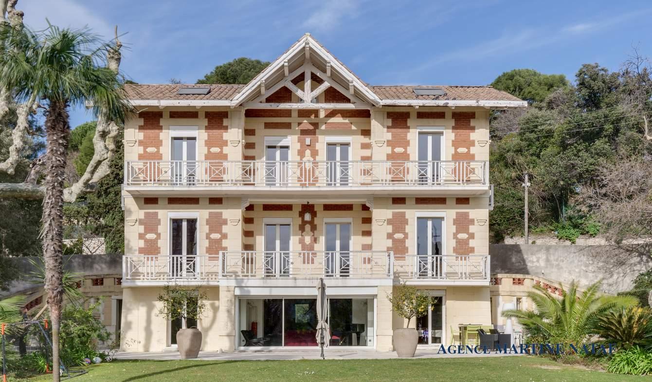 Hôtel particulier avec jardin Marseille 8ème