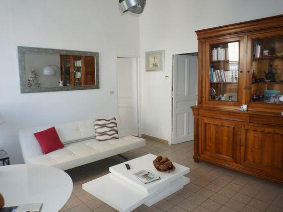 Location appartement 2 pièces 64,68 m2
