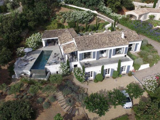 Vente propriété 7 pièces 290 m2