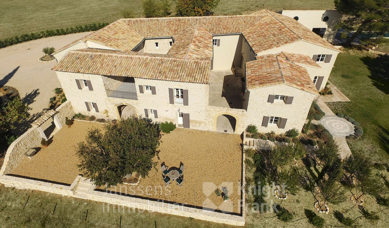 Lourmarin Mas for Sale | €4,800,000 | 765 m²