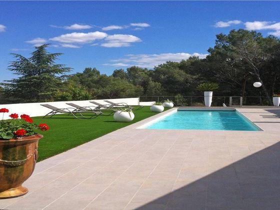Vente villa 5 pièces 196 m2