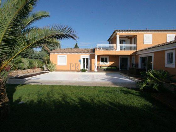 Vente villa 6 pièces 179 m2