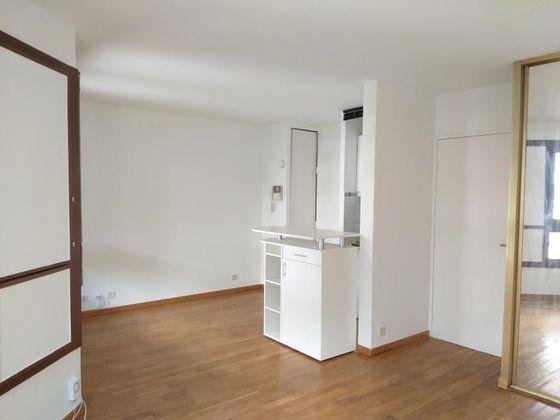 Location studio 28,7 m2