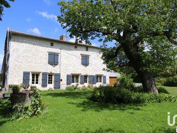maison à Marigny (79)