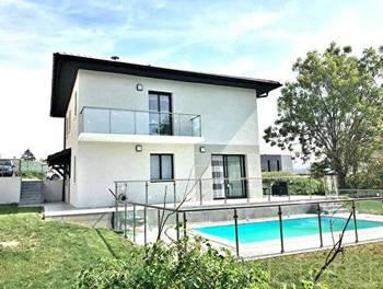 Villa 7 pièces 124 m2