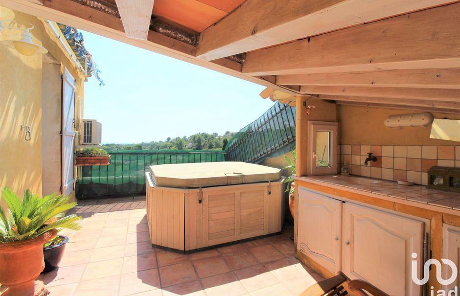 Vente appartement 3 pièces 127 m² à Flayosc (83780), 247 000 €
