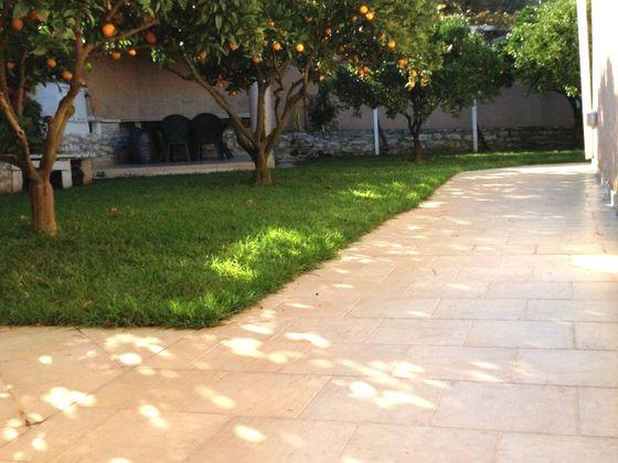 Vente villa 6 pièces 242,35 m2