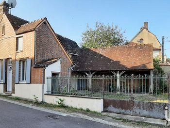 maison à Champignelles (89)