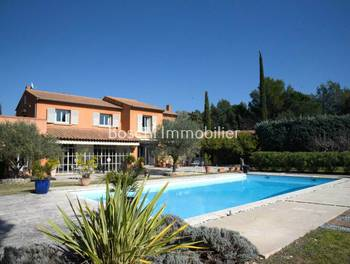Villa 6 pièces 305 m2