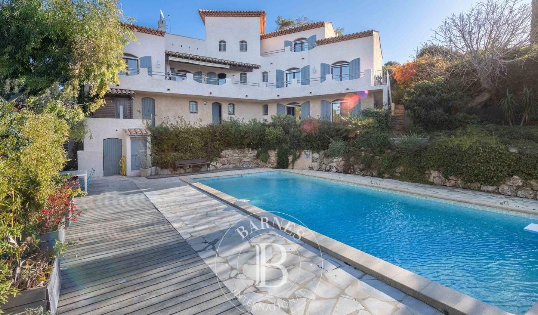 House with terrace Saint-Cyr-sur-Mer