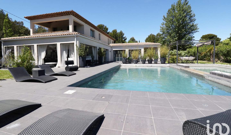 Maison avec piscine et terrasse Tourtour