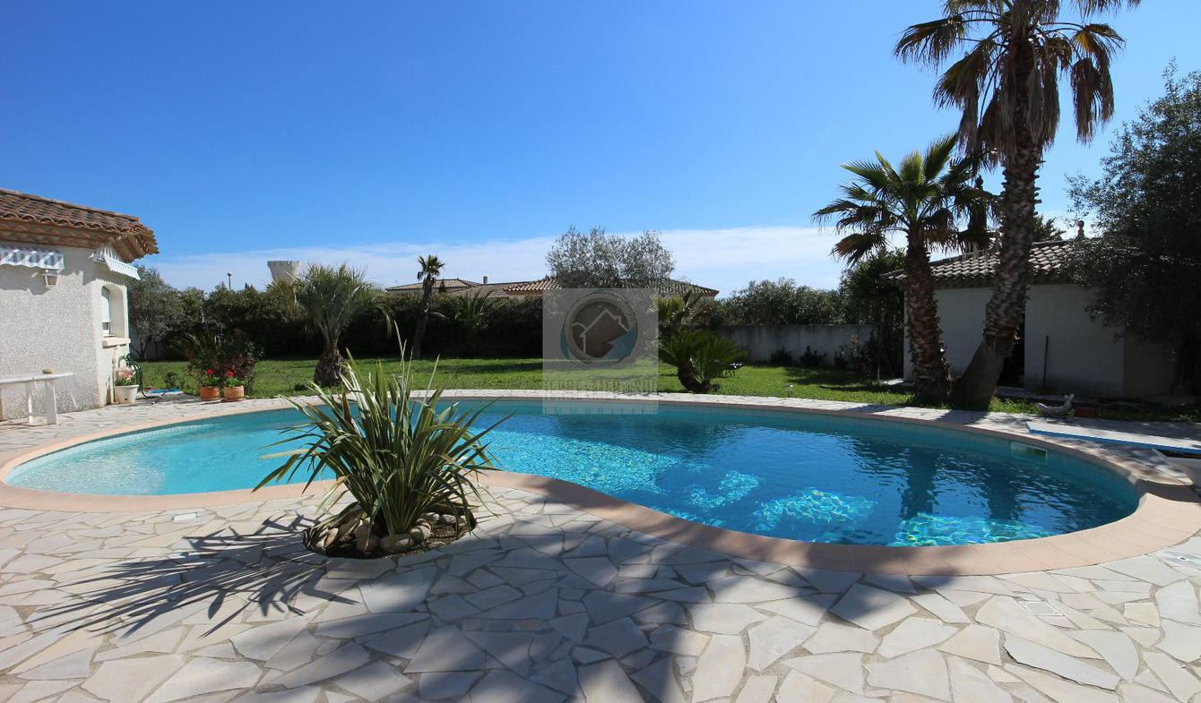 Villa with pool and terrace Lignan-sur-Orb