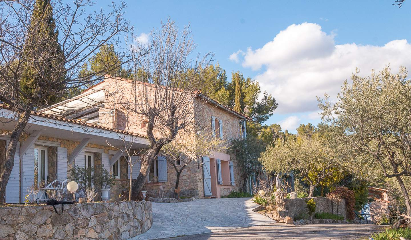 Property with pool Seillans