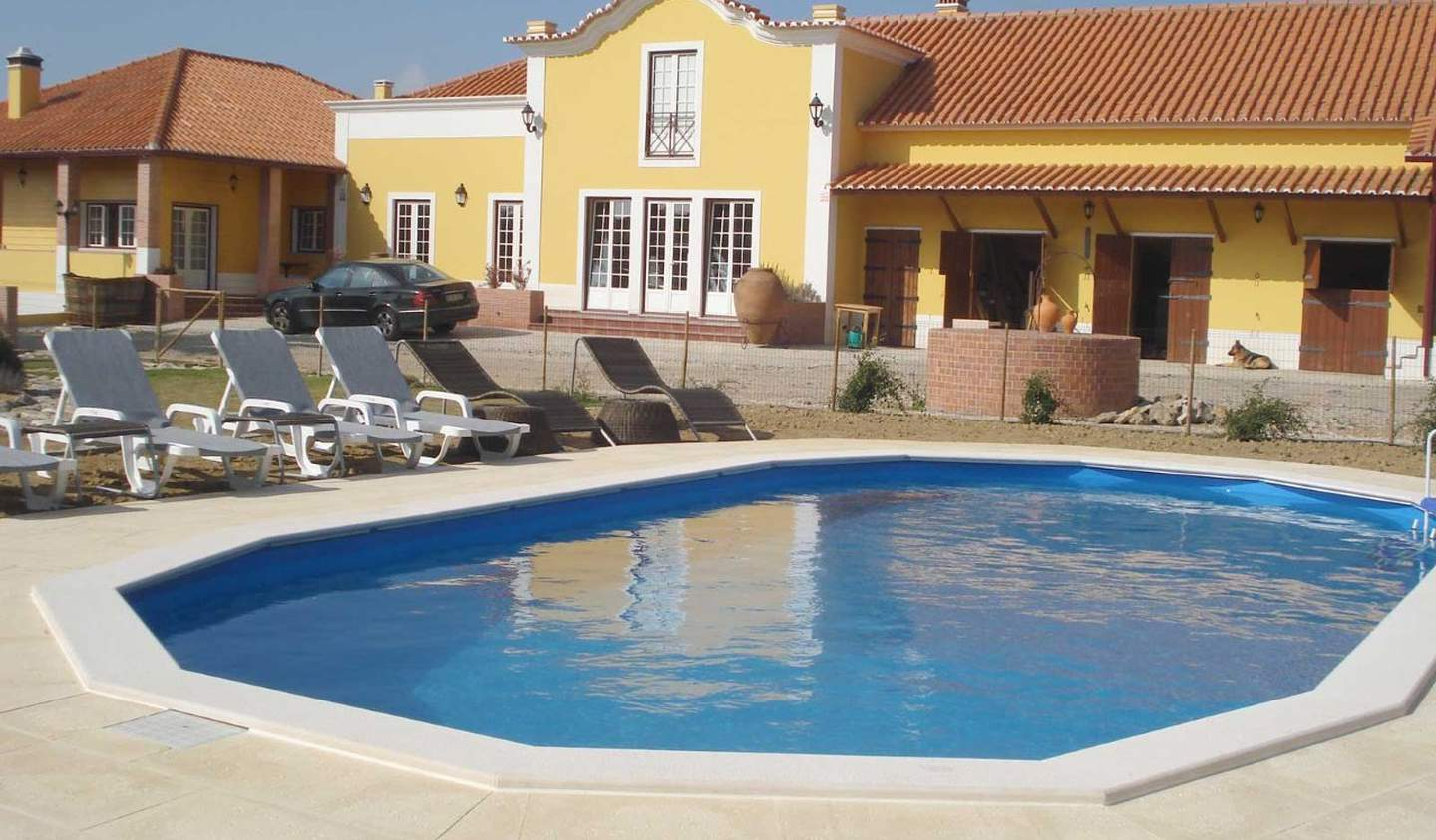 Villa with pool and terrace Reguengo Grande