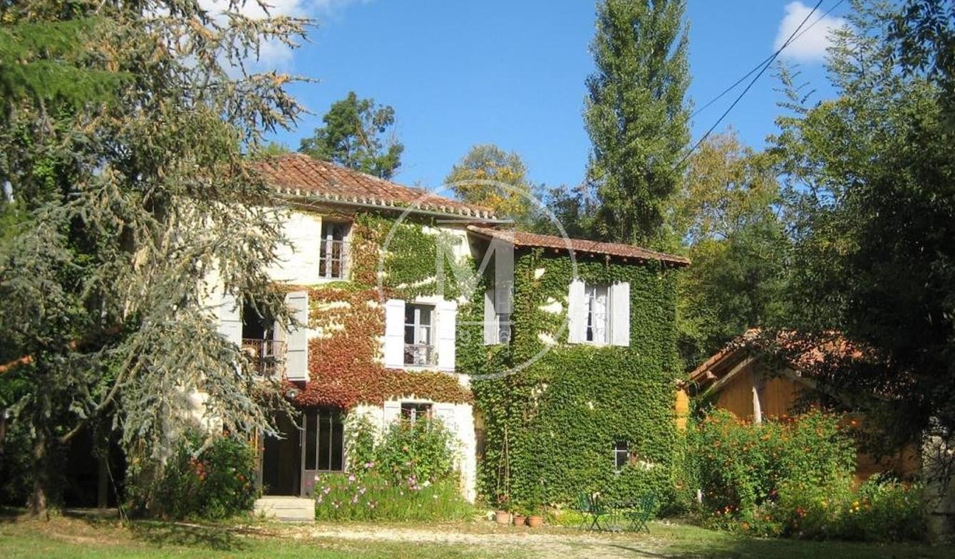 Maison avec terrasse Castéra-Verduzan