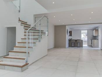 Appartement 3 pièces 125,95 m2