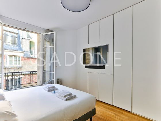 Location appartement 4 pièces 170 m2
