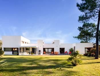 Maison 11 pièces 400 m2