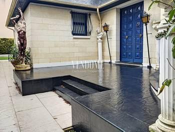 Maison 8 pièces 420 m2
