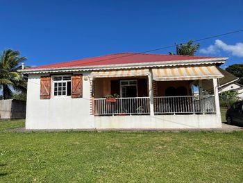 maison à Baie mahault (971)