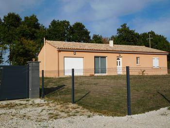 villa à Montbron (16)