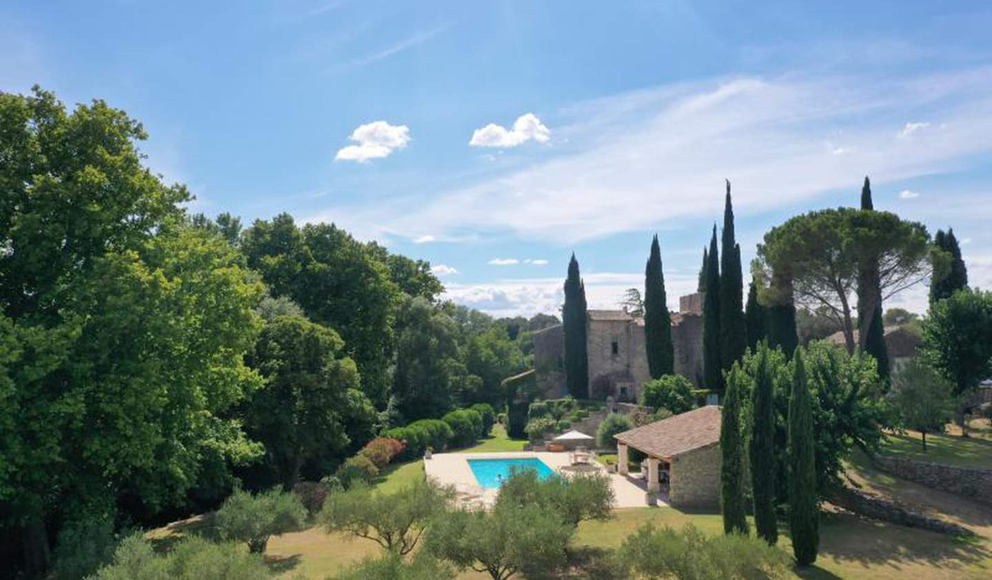 Property with pool and garden Uzès