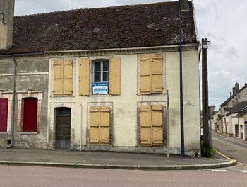 maison à Villeneuve-l'Archevêque (89)